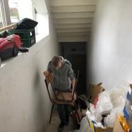 Преузимање старих и дотрајалих столица